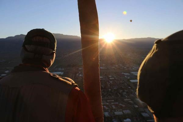10 steps to having the most stereotypical abq day if you dont get up to see the sunrise over the sandia mountains you cant be a real abq person you know im kidding right but it shouldnt be that hard sciox Choice Image