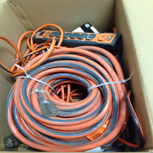 Mixed Lot of 5 Large Extension Cords And Surge Protector