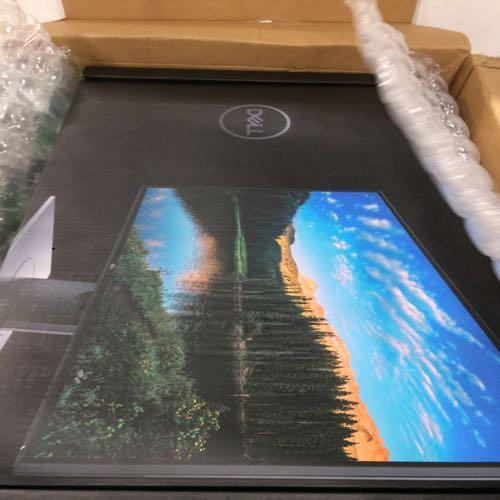 Dell  U2718Q 4k Monitor