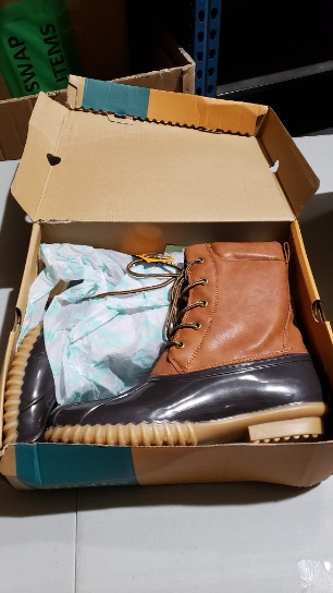 Duck Boots Size 10  54483