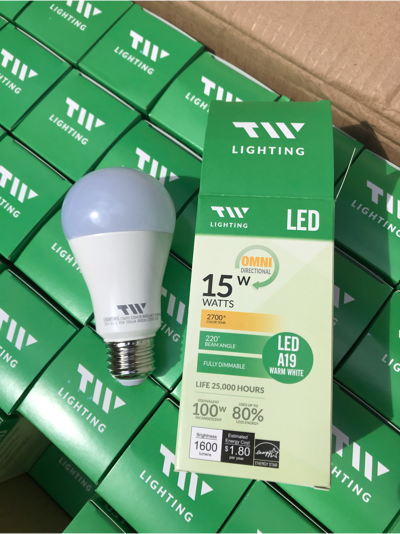 Lot Of 50 NEW15W/100W LED A19 Warm White Bulbs NEW TW Lighting