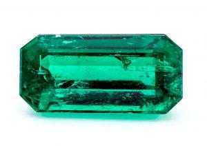 Lot 7 - 2.98-carat, rectangular emerald-cut, Muzo Marino emerald