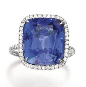 Lot 121 - Sapphire and Diamond Ring