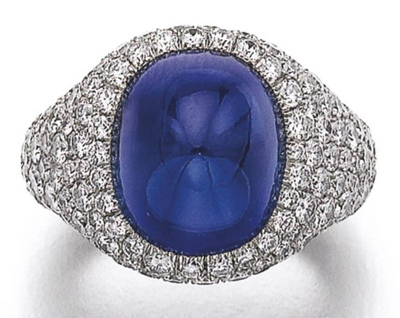 Lot 329 - Sapphire and Diamond Ring