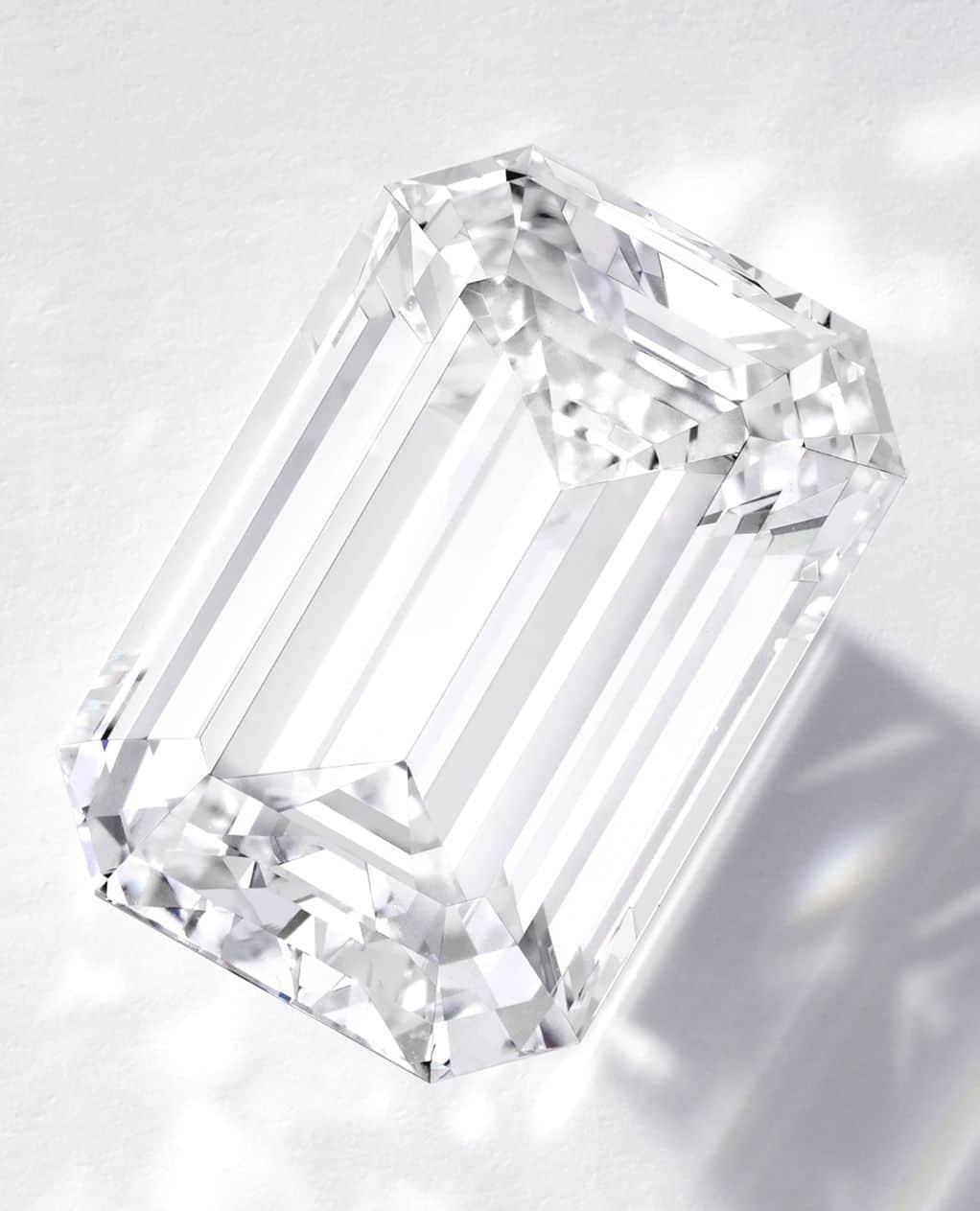 Lot 1789 - Important Diamond Ring, Cartier