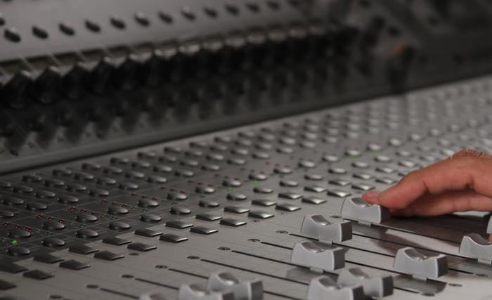 V-Control Pro