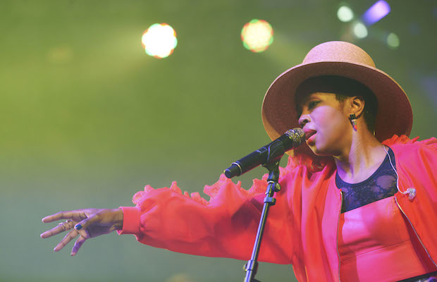 laurynhill1 copy 2
