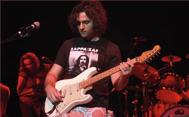 Zappa Plays Zappa-620