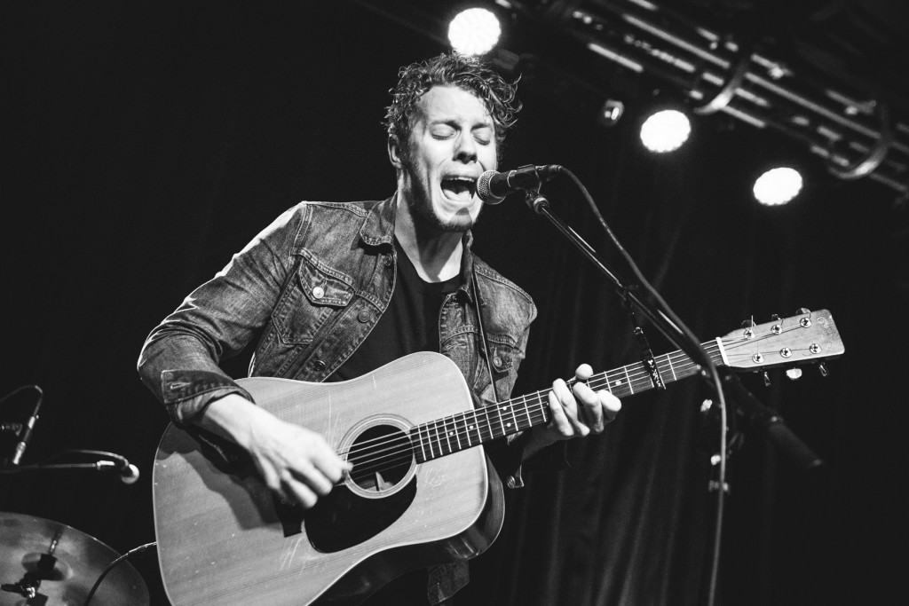 Anderson East.  Photo by Sundel Perry.