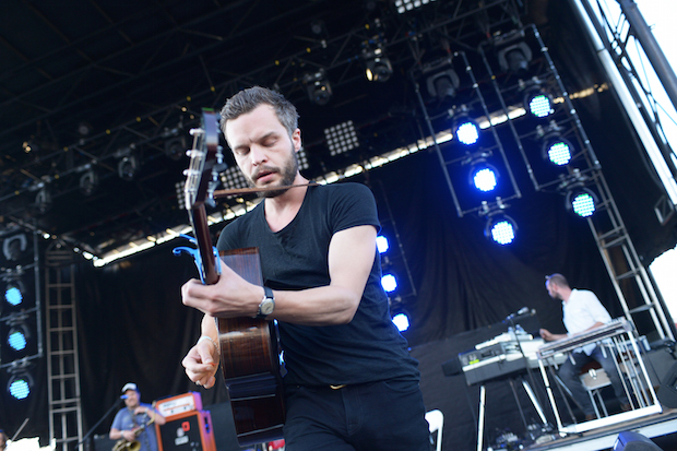 TheTallestManOnEarth_Forecastle2015-Insert