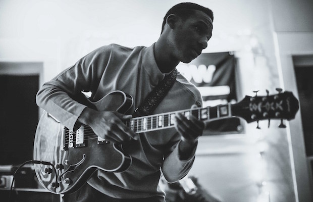 LeonBridges-620