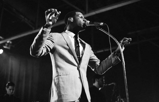 View More: http://emiliapare.pass.us/leon-bridges-mmw