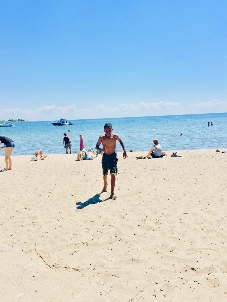 Canada for Kids: Centre Island Beach on Lake Ontario