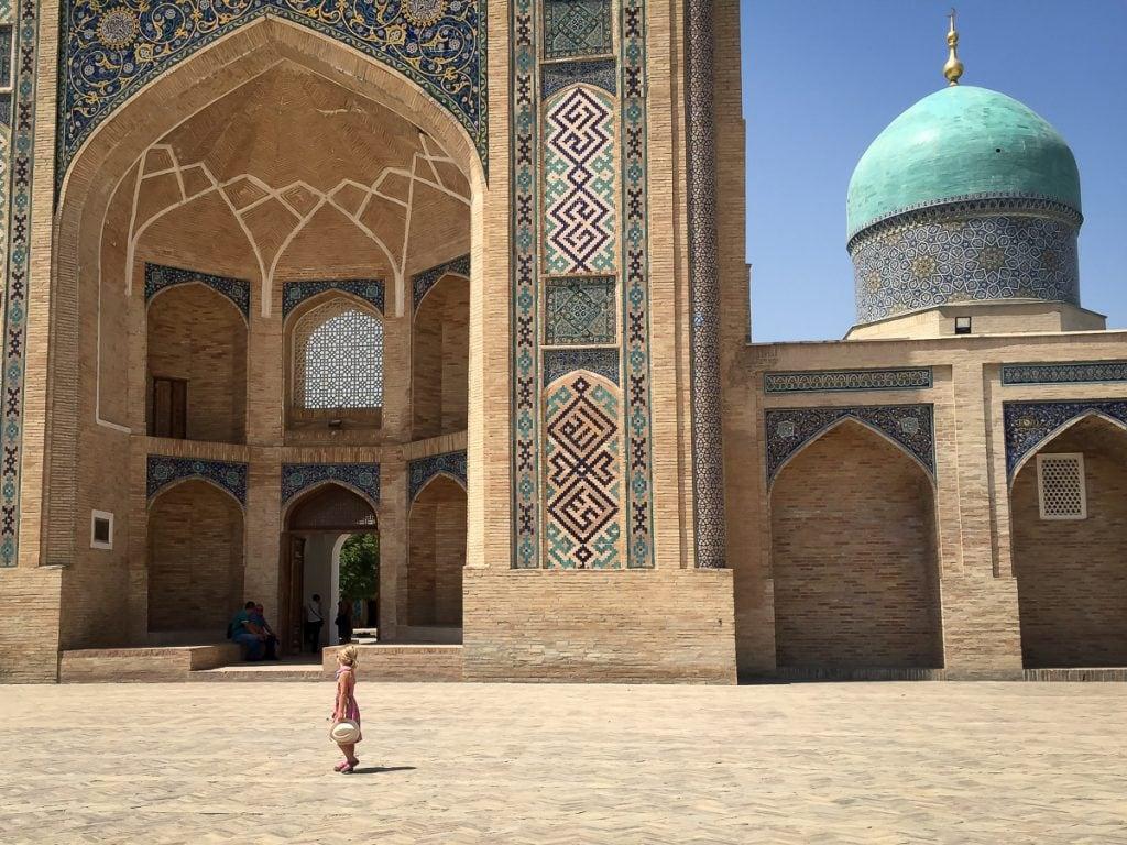 Hazrati-Imam complex Tashkent with kids