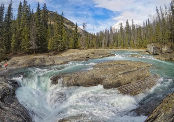 Yoho National Park: Wapta Falls and Emerald Lake