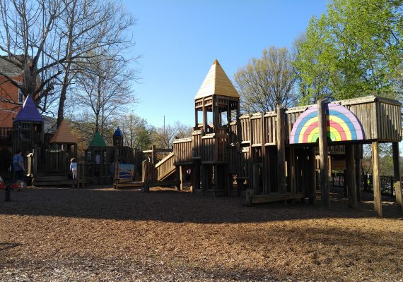 Kids Tour of Knoxville: Explore Market Square and Ijams Nature Center
