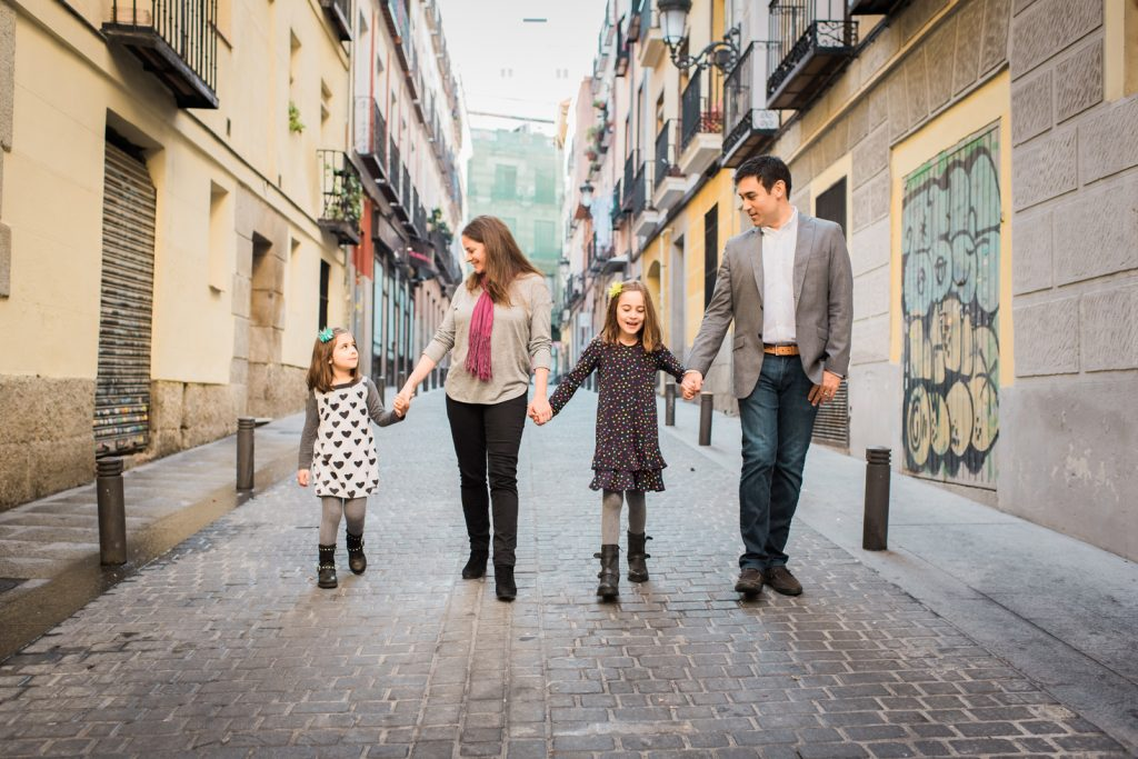 Family walking in Barrio de las Letra