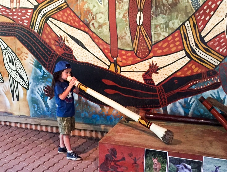 Australia for Kids: The Didgeridoo