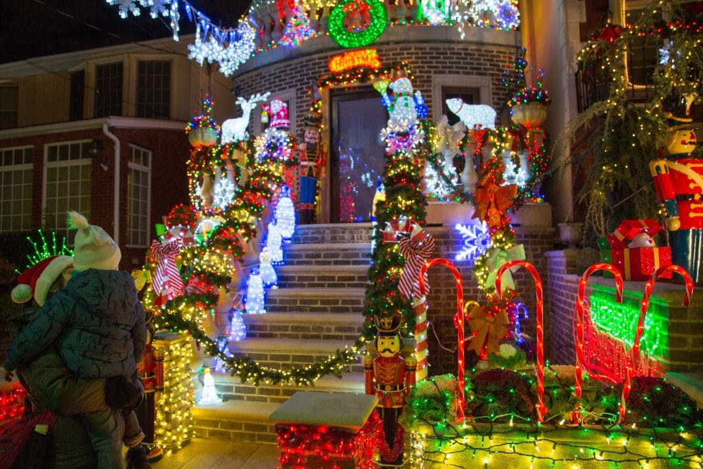 NYC for Kids: Dyker Heights holiday lights