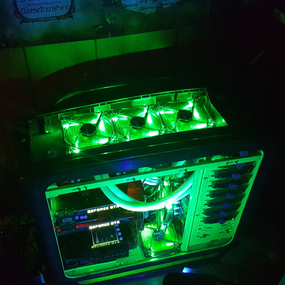 1080Ti Fan running at 100% nonstop | NVIDIA GeForce Forums