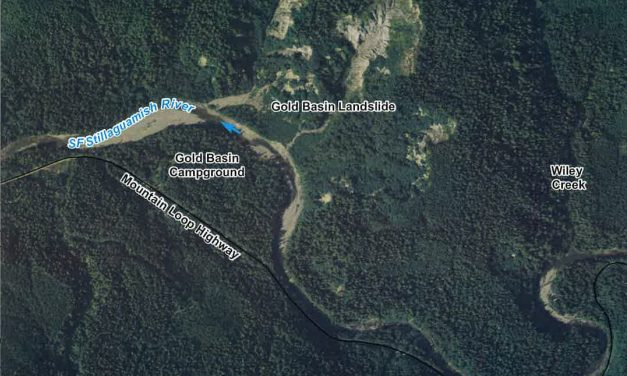 Building a new channel to keep sediment out of Stillaguamish River