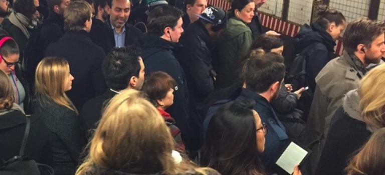 紐約客對地鐵L線感想:FxCK !!
