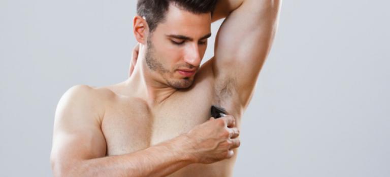 「男生該刮腋毛嗎」歐美男人刮腋毛為了藝術?!