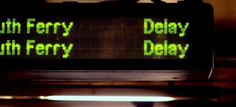 """紐約地鐵小貼士:列車延誤了可向MTA申請""""遲到卡"""""""