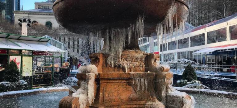 紐約低溫特報!布萊恩廣場噴泉結冰~網友拍出一張張明信片等級的照片!