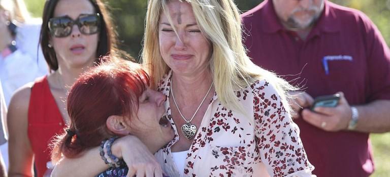 突發!美國佛羅里達高中槍擊案,已有2人死亡,至少20人受傷