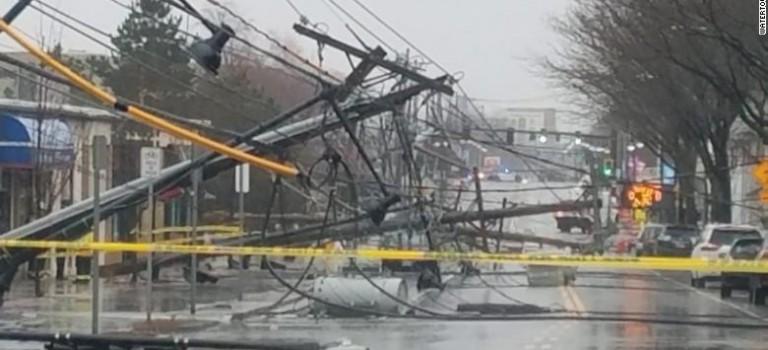 炸彈旋風強勢回歸! 洪澇、暴風、大雪陸續來,超過2000航班被取消!