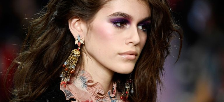 Chanel最新廣告因新生代超模Kaia Gerber,竟引發抵制