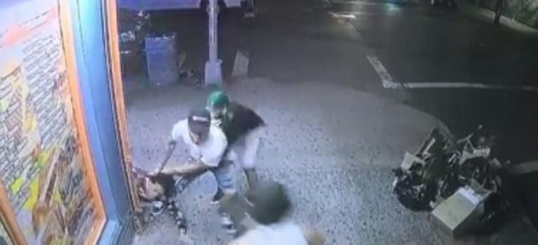 【视频】太心痛!15岁男孩纽约街头被帮派残忍捅死,行凶者事后称:认错了人