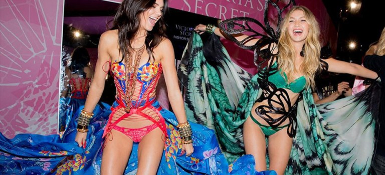 Kendall、Gigi是否成為今年維秘天使?這位設計師說漏了嘴!