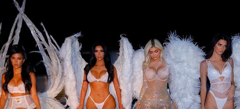 明星萬聖節裝扮大放送,卡戴珊家族姊妹全員出動 Cosplay 維密天使!