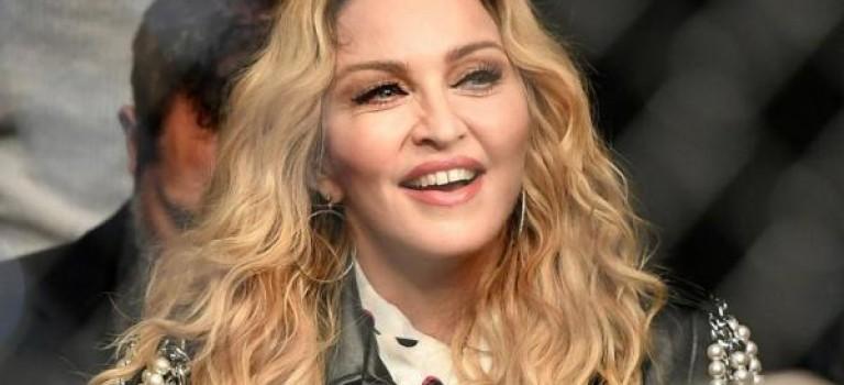 流行天后瑪丹娜臀部整形失敗? 網路視頻流出,網友直呼「很恐怖」