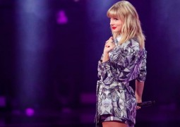 20191111_ENT_taylor-swift2