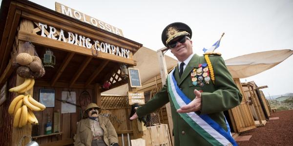 Welcome-to-the-Republic-of-Molossia