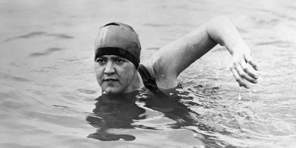 Gertrude-Ederle-First-Woman-To-Swim-The-English-Channel