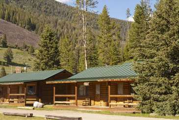 Gallatin Canyon 320 Ranch Cabins