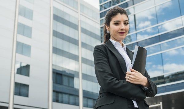 Pequeña vs Gran Empresa ¿cuál elegir al buscar empleo?