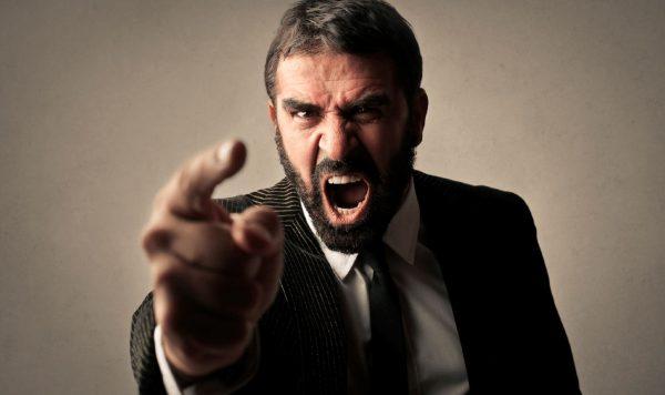 """¿Tu jefe te amenaza con los """"tres meses de prueba""""? ¡Checa esto!"""
