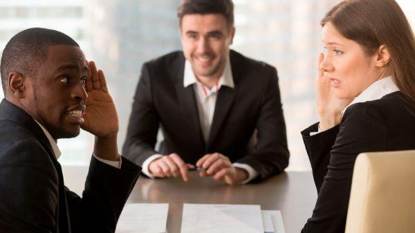 10 errores que los reclutadores notan en una entrevista de trabajo