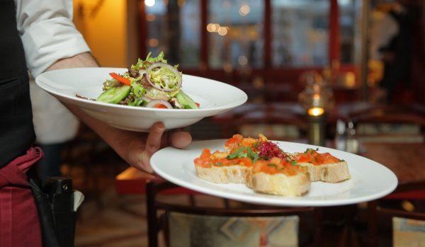 7 trabajos en restaurantes sin ser chef
