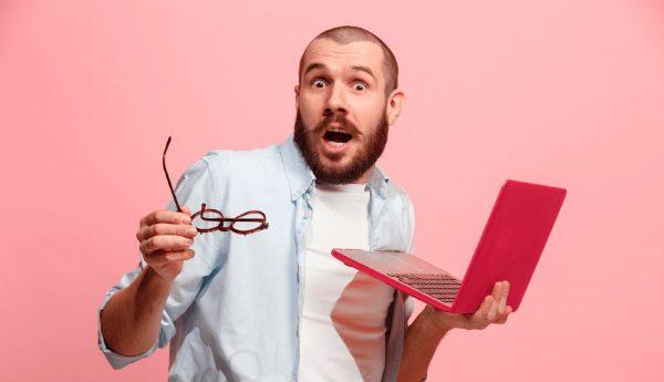 ¿Comentas sobre tu trabajo en redes sociales? ¡Podrían despedirte!