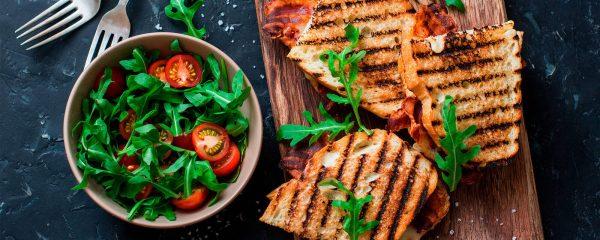 5 sándwiches nutritivos y fáciles de preparar para desayunar