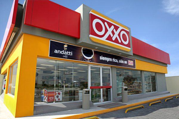 Trabajar en OXXO ofrece más de lo que crees. ¡Conoce su experiencia laboral completa!