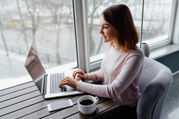 ¿Cómo estudiar la universidad en línea?
