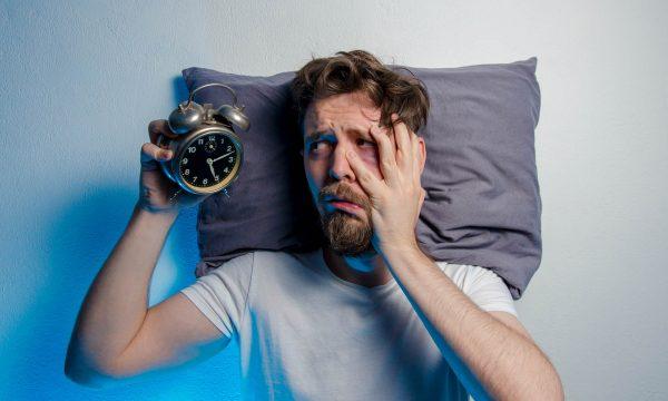 Insomnio en cuarentena: ¿Por qué no podemos dormir?