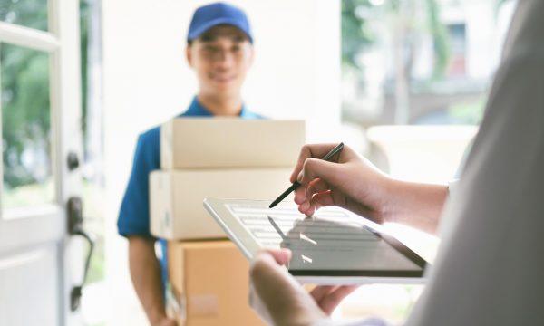Empresas de paquetería que están contratando en la cuarentena ¡Aquí las vacantes!